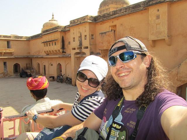 ipaelo-y-manmely en la India